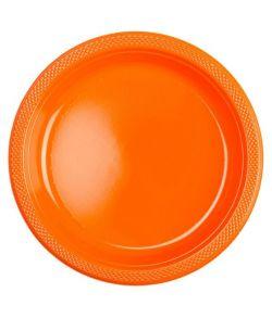 Orange plastik tallerkner.