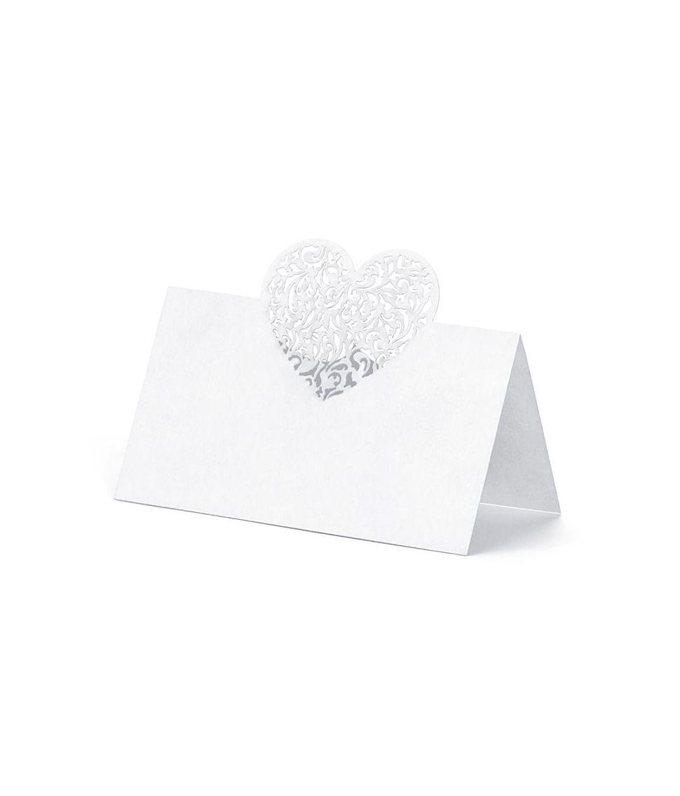 Bordkort med hjerte til bryllup.