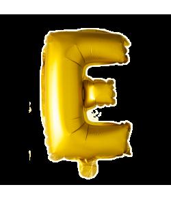 Guld folie bogstav ballon med bogstavet E.