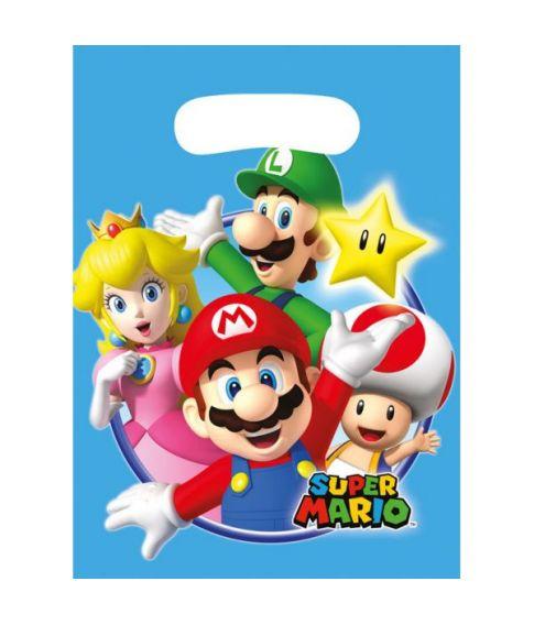 Super Mario poser