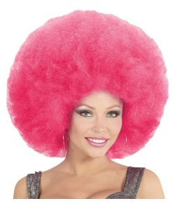 Stor pink afro paryk.