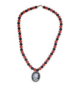 Gotisk kranie silhuet halskæde.
