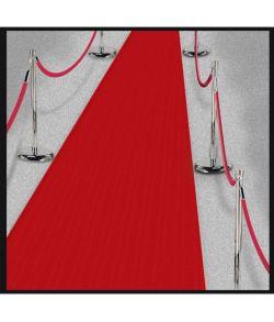 Rød løber i kraftigt papir med tape til Hollywood festen.
