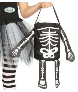 Trick or treat skelet pose.