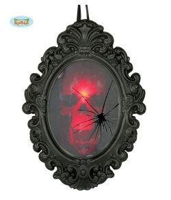 Uhyggeligt hjemsøgt spejl med ridset glas med lys og lyd.