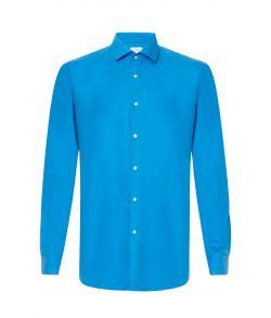 Blå skjorte med god pasform.