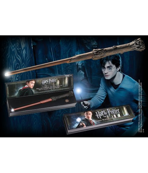 Harry Potter tryllestav med lys i spidsen fra Noble Collection.