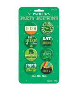 Sjov pakke med 8 forskellige Sankt Patrick badges