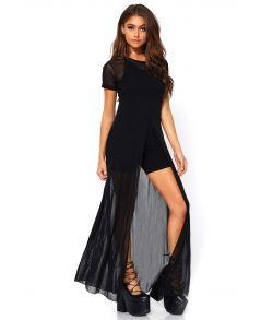 Lang elegant sort kjole med høj slids foran