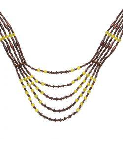 Flot halssmykke med perler til indianer kostumet.
