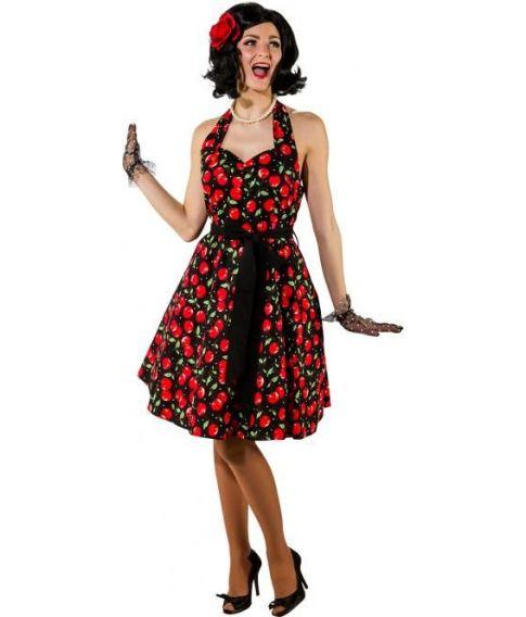 Sort kjole med røde kirsebær til 50er udklædningen.