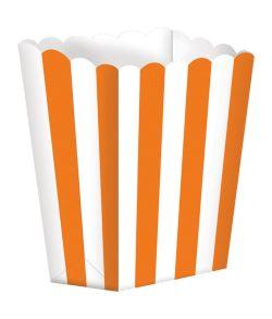 Popcorn bægre i pap med orange striber.