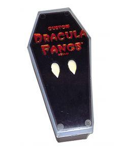 Kiste med realistiske vampyr hjørnetænder