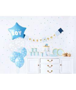 Sødt lyseblåt babyshower sæt til drengen, med 49 dele