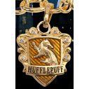 Flot guldbelagt Hufflepuff armbånd med 3 vedhæng.