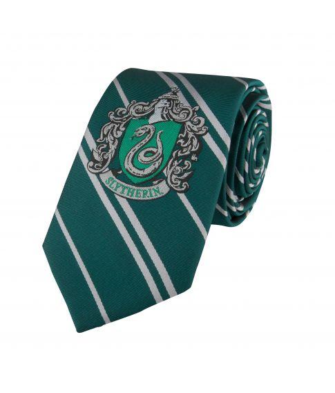 Flot Slytherin slips med broderet våbenskjold.